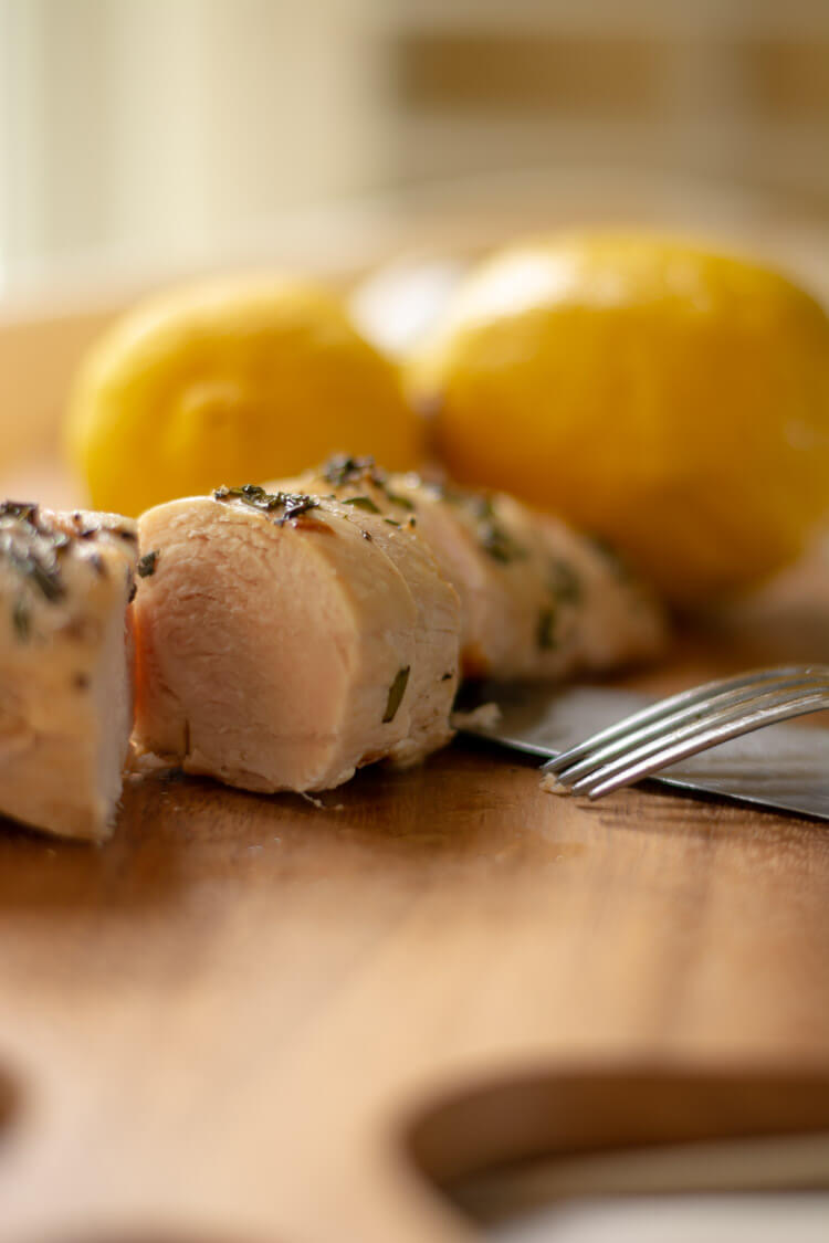 Super Juicy Grilled Rosemary Thyme Boneless Skinless Chicken Breast Recipe
