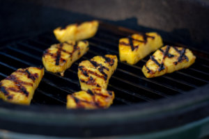 Grilled Pineapple Slices on the Big Green Egg