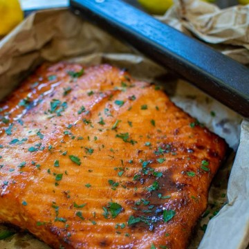 Grilled Salmon with the Brown Sugar and Lemon glaze